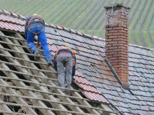 Infos zum Arbeitsschutz bei Dacharbeiten